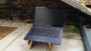 Laptop samsung ram 2gb hardisk 500gb batre awet siap pake lancar jaya