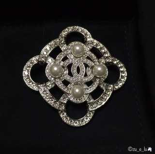 Chanel Brooch in Crystals and Pearls