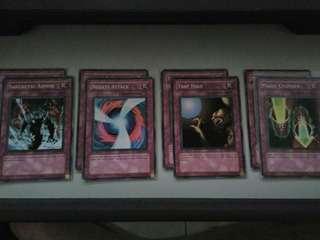 Yu-Gi-Oh Trap Cards (English Edition)