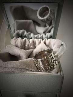 🔺90% new Dior ring