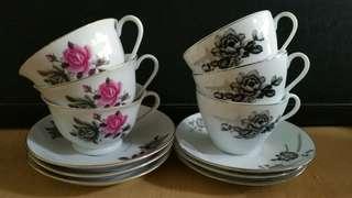 Beautiful Porcelain Teaset x 12pcs