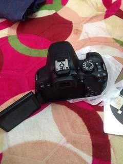 Canon DSLR EOS700D