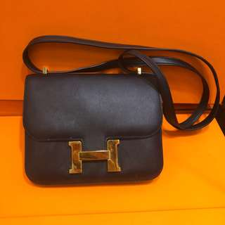 7️⃣1️⃣🉐🎉🎊大優惠!正品 88%新 Hermes Constance Mini 黑色金扣上膊斜揹袋