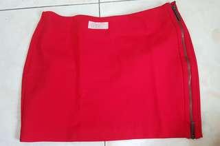 Formal fit skirt