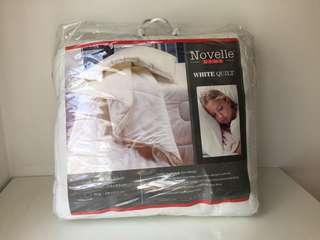 Novelle King Size White Quilt