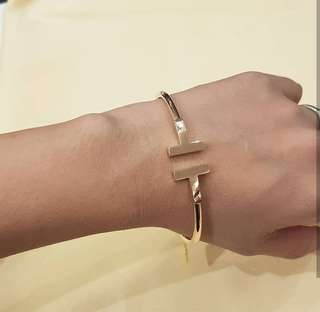 14k Rosegold 8.1g italy gold bangle ❤️BIG SALE P29k ONLY❤️ Swipe for detailed pics  Cash/card/layaway accepted
