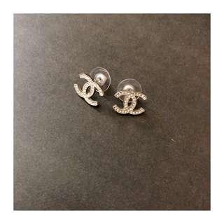 🚚 正版香奈兒耳環
