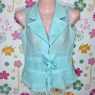 No sleeves blouse