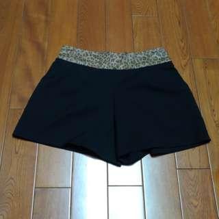 🚚 韓版 豹紋黑色短褲