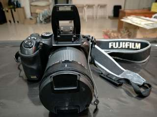 Price NEGO! Used non-HD S200 Finepix Fujifilm DLSR fixed telephoto lens. Details stated below: Text for quick deal!