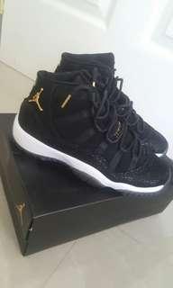 Air Jordan 11 Retro Heiress (Black Stingray)