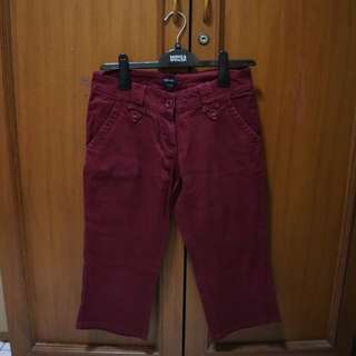 The B Club Maroon 3/4 Pants Cropped