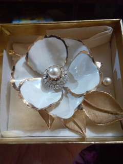 Imported Flower brooch