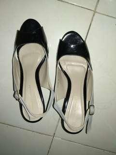 Heels sepatu wanita pesta