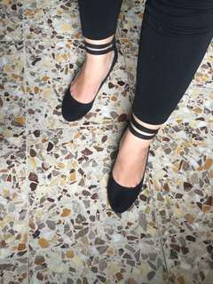 Basic Black Heels for Ladies