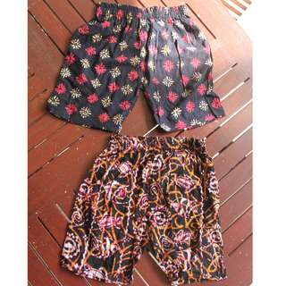COMFY BATIK SHORTS FOR KIDS