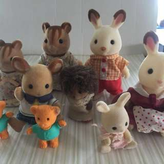 Sylvanian Families assorted dolls and clothes