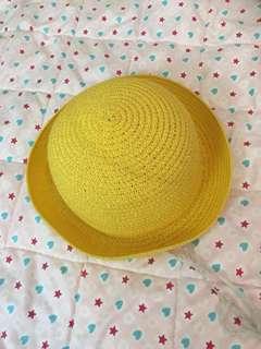 Hat (straw like)
