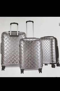 """Luggage ( 全新 )24""""雙層強化拉鍊行李箱  68Hx45Lx29.5Wcm 跟紙盒包裝,未折袋"""