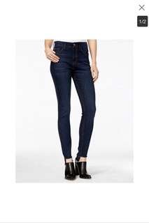 M1858 Skinny Jeans with High Low Hem