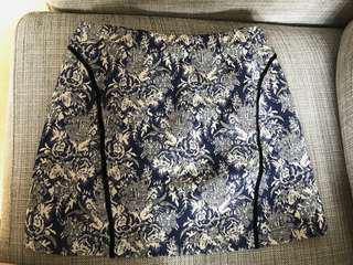 Topshop UK 🇬🇧 繡花短裙 mini skirt