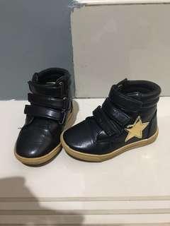 Sepatu anak boot coolkinds ukuran 23