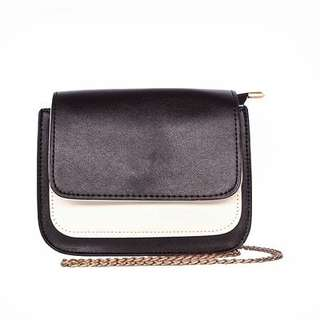 Two Tone Sling Bag with Gold Chain (Black)