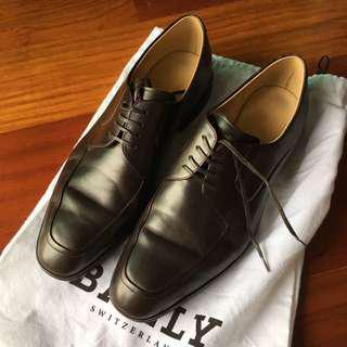 Bally leather shoes (EU: 7F / US: 8EEE)