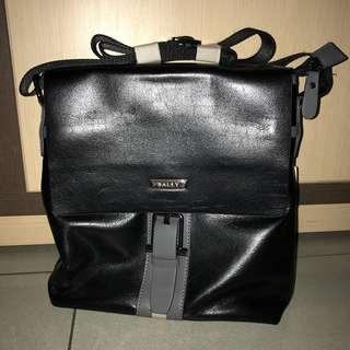 NWT BALLY MAN BLACK SLING BAG