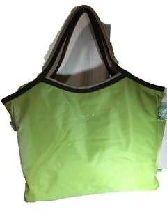 🚚 agnes b. 蘋果綠手提包 肩背包 側背包 媽媽包 帆布包 旅行包