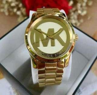 MK Womens Gold - Tone Watch  ✔️ US Grade Quality  ⌚38mm   Comes with: 📌️ hardbox  📌️ manual  📌️ paperbag   💰 2,500.00+sf