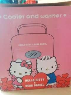Hello Kitty迷你雪櫃