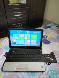 HP G1 Core i5 4thgen 750gb hdd 4gb ram 3 hours battery