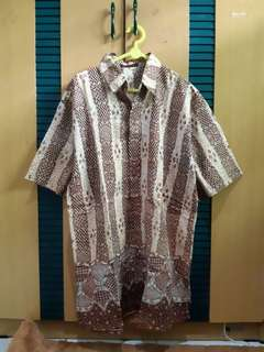 Kemeja batik rona