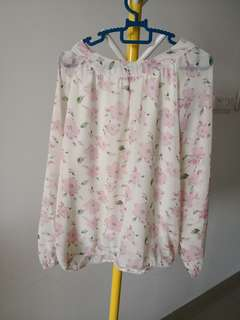 Summer flowy pink floral blouse