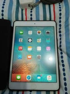 Apple Ipad Mini 1st gen 32GB with Sim Slot