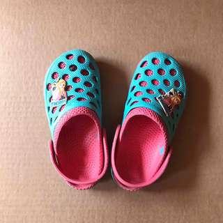 Frozen Crocs - Type Shoes