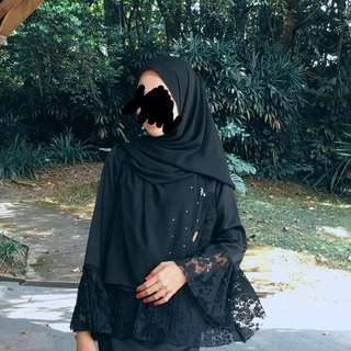 Layla naelofar shawl