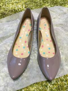 👠 Jelly Beans 紫灰色漆皮矮踭尖頭鞋 low-heel pointed shoes