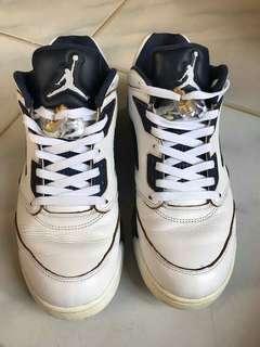 Air Jordan 5 high from above