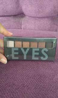Smokey focallure 03 eyeshadow
