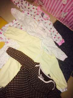 Overall baby clothes all in for 250petot 😊