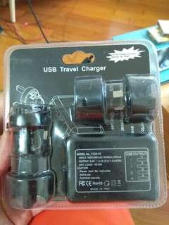 全新萬用旅行叉電器 4個usb頭