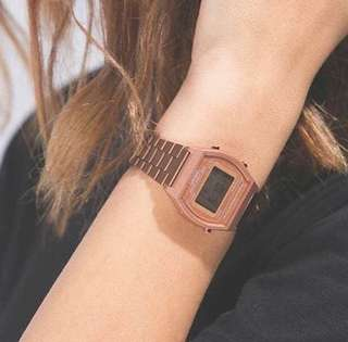 CASIO ROSEGOLD WATCH