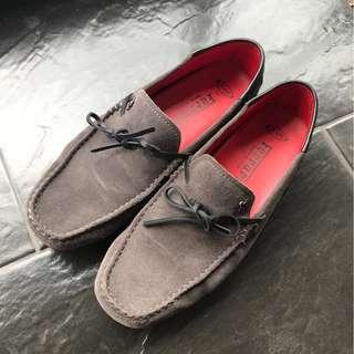 Sepatu Loafers loafer Tods Gommino Ferrari Grey Suede Formal Pantofel