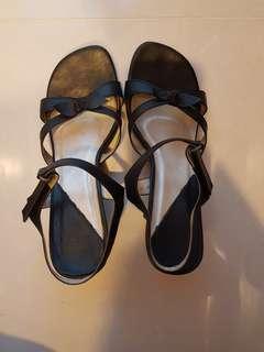 Simple heels