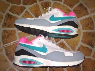 Nike airmax st