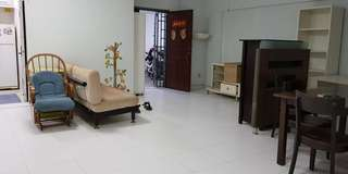 Sembawang mrt 3+1 Blk 588c $1800 act fast