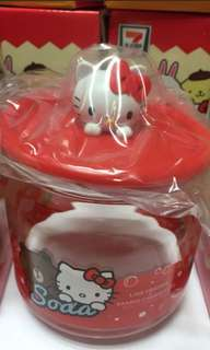 🚚 Sanrio hello kitty container brand new