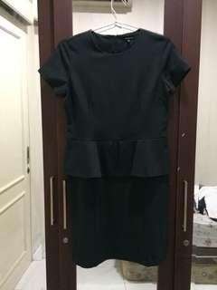 Dress Abu Gelap